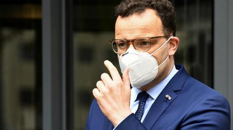 Gesundheitsminister Jens Spahn am 15. Mai 2020 vor dem Medizinischen Zentrum der Radboud-Universität in Nimwegen, Niederlande.