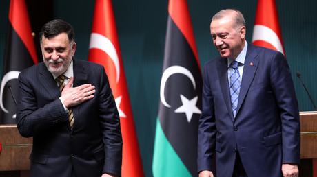 Der libysche Ministerpräsident Fayiz as-Sarradsch zu Besuch beim türkischen Präsidenten Recep Tayyip Erdoğan in Ankara (Bild vom 4. Juni).
