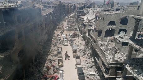 Zerstörte Gebäude im ehemaligen palästinensischen Flüchtlingslagers Yarmouk in der Nähe von Damaskus nach Rückeroberung durch die syrische Armee von den Dschihadisten des selbsternannten