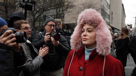 Schauspielerin Rose McGowan, eine der Vorkämpferinnen der #MeToo-Bewegung, vergleicht die USA mit einer Sekte