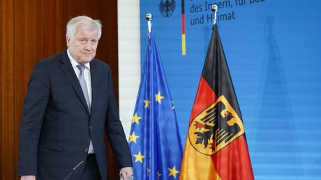Bundesinnenminister Horst Seehofer am 10. Juni 2020 in Berlin während einer Konferenz über den geplanten Abbau der Grenzkontrollen.