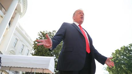 Nachdem sich US-Präsident Trump zuletzt offen für ein Treffen mit dem venezolanischen Präsidenten Maduro zeigte, werfen ihm die US-Demokraten um Präsidentschaftsbewerber Joe Biden vor, die venezolanische Bevölkerung im Stich zu lassen.