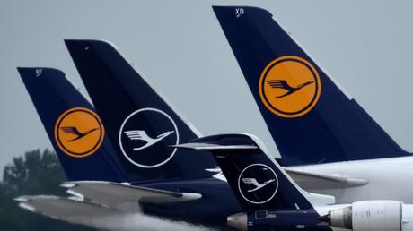 Können weiter fliegen: Aufnahme von Lufthansa-Flugzeugen am Münchner Franz-Josef-Strauß-Flughafen am 25. Juni 2020. (Symbolbild)