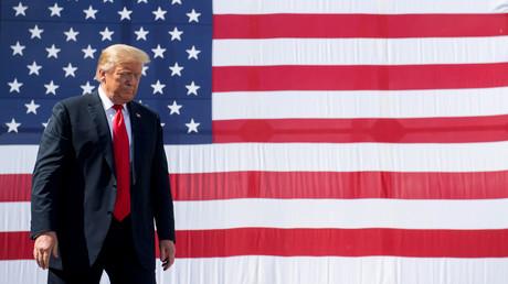 US-Präsident Donald Trump steht ganz oben auf einer Liste von 36 Personen, die die Iraner im Zusammenhang mit der Ermordung des Generalmajors Qassem Soleimani vor Gericht bringen möchten (Bild vom 25. Juni).