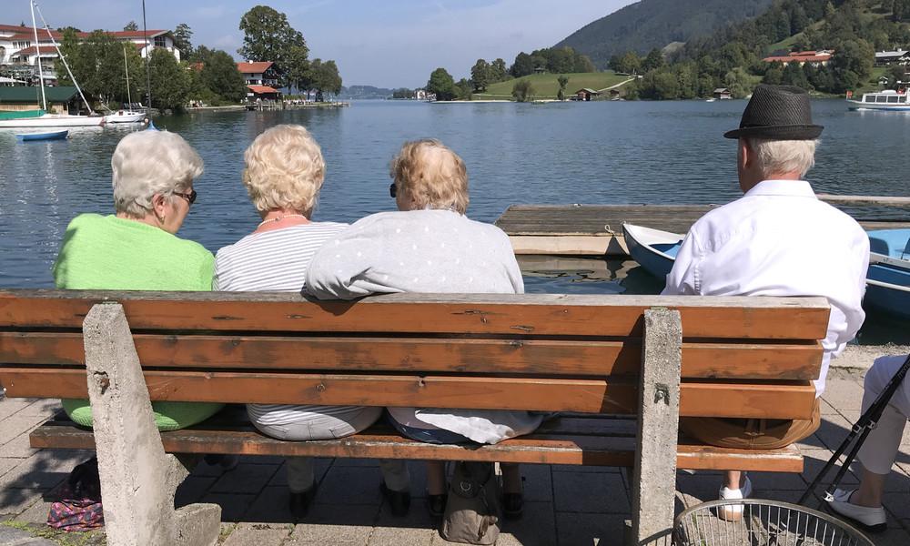 """""""Sie schließt viele Menschen aus"""": Bundestag beschließt Grundrente"""