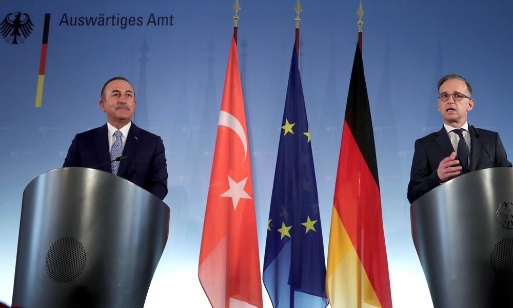 Maas bietet türkischem Außenminister Bühne für Attacken gegen Frankreich