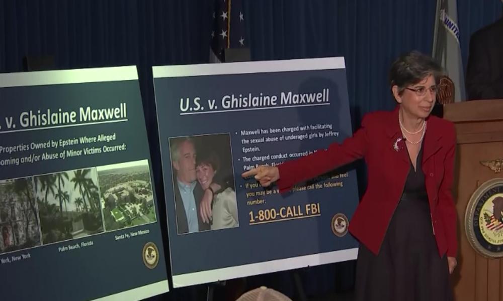 Epsteins Hauptkomplizin Ghislaine Maxwell verhaftet: Kinder rekrutiert und sexuell missbraucht