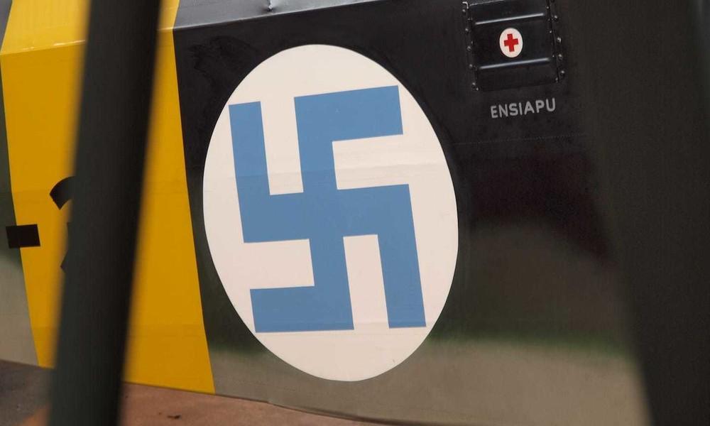 Nach über 100 Jahren: Finnische Luftwaffe schafft Hakenkreuz-Symbol ab