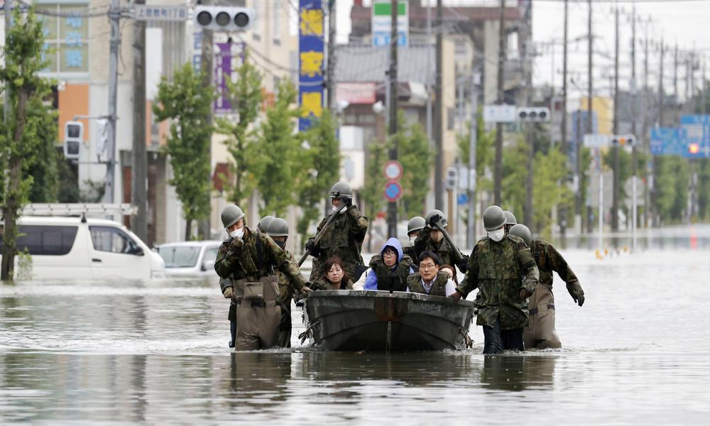 Mindestens 52 Tote bei Unwettern in Japan: Sintflutartige Regenfälle dauern an