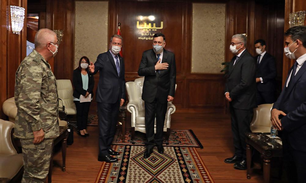Komplexer Stellvertreterkrieg in Libyen: Ankara sinnt auf Vergeltung nach Luftangriff
