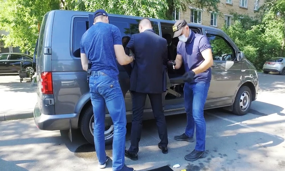 Mutmaßlicher NATO-Spion: Russlands Geheimdienst nimmt Berater der Raumfahrtbehörde Roskosmos fest