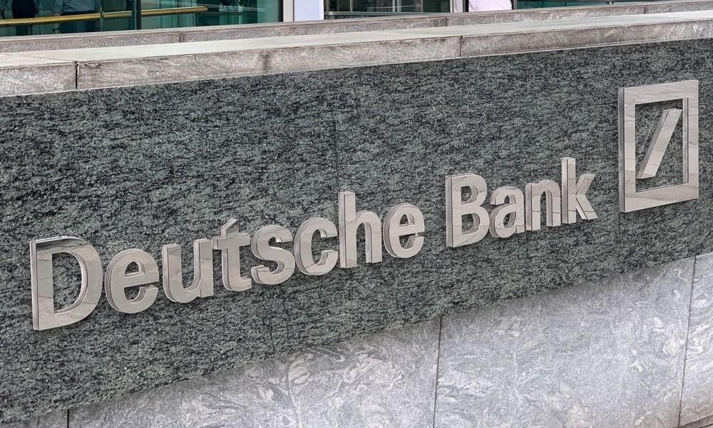 Wegen Geschäften mit Jeffrey Epstein: Deutsche Bank muss Millionenstrafe zahlen