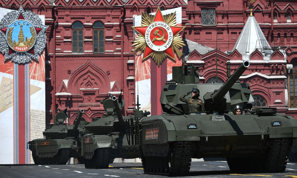 """Russlands Stolz kann man kaufen: Modernster Panzer der Welt T-14 """"Armata"""" wird im Ausland vermarktet"""