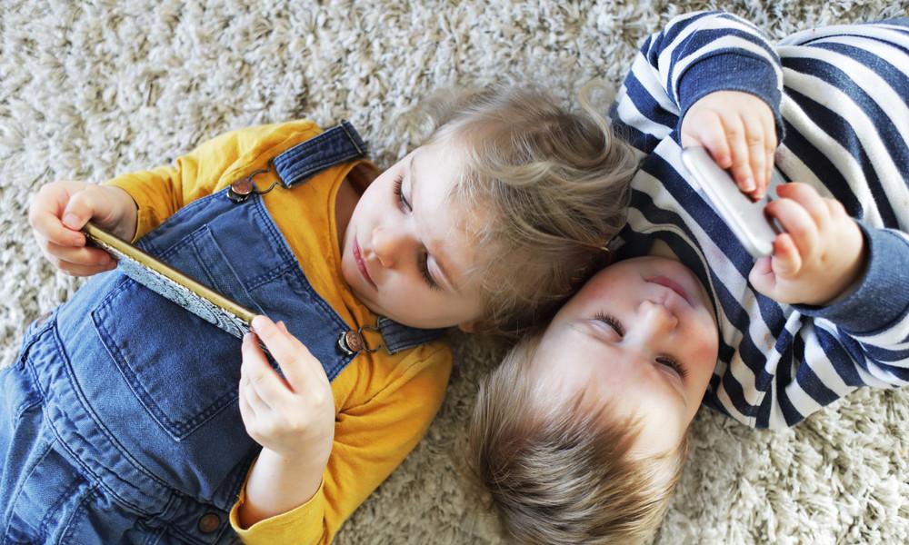 Gesundheitsexperten warnen: Smartphones machen Kinder krank