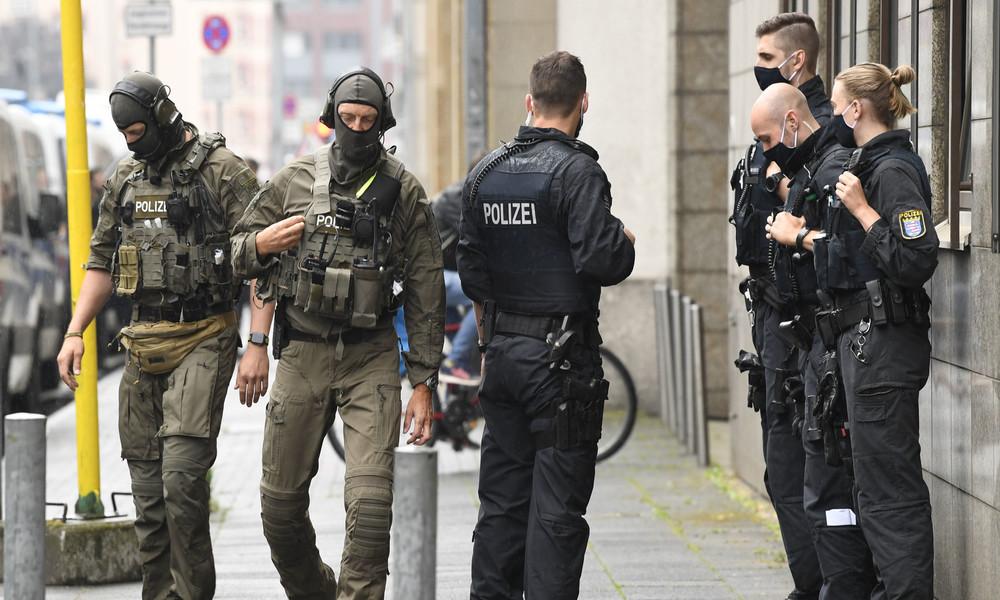 NSU 2.0? Hessische Polizei der Verbindung zu Morddrohungen an linke Politikerin verdächtig