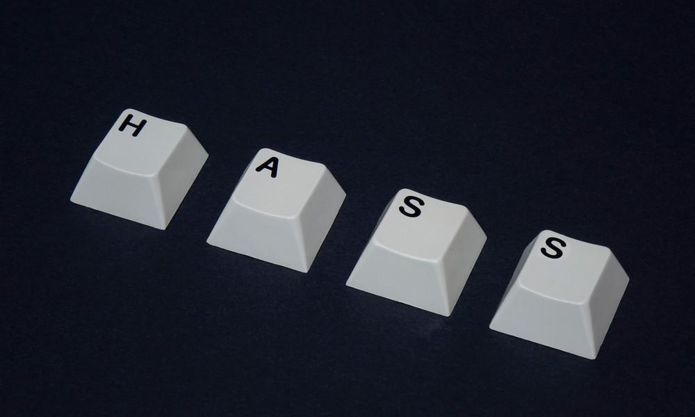 Internet-Hetze im Fall Lübcke: Hessische Ermittler identifizieren 64 Tatverdächtige