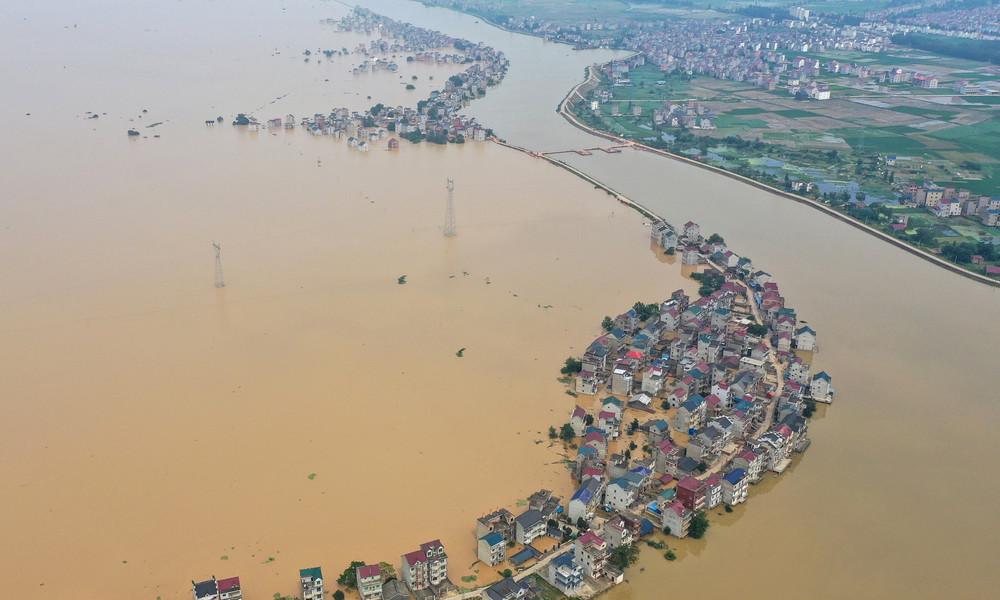 Mehr als 140 Tote und Vermisste durch schwere Überschwemmungen in China
