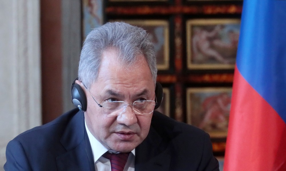 Kaukasus: Russischer Verteidigungsminister führt Gespräche mit aserbaidschanischem Amtskollegen