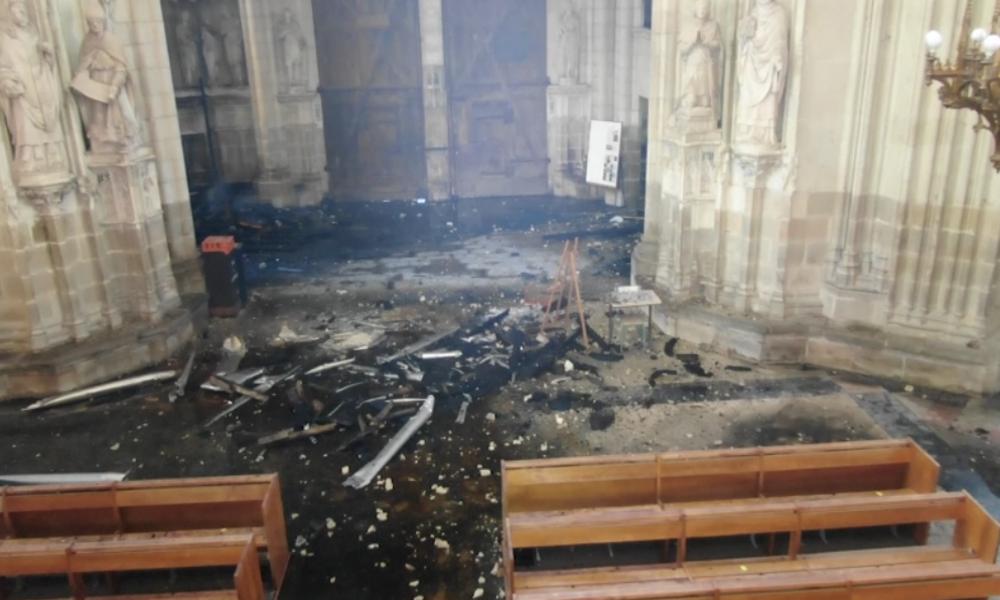 Nantes: Brandstiftung in berühmter Kathedrale? Drohnen-Video zeigt Ausmaß der Zerstörung