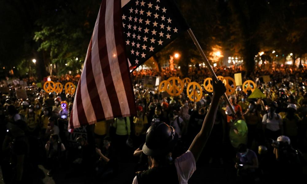 LIVE: Proteste in Portland gehen weiter – Einsatz der Bundespolizei lässt Bewegung anwachsen