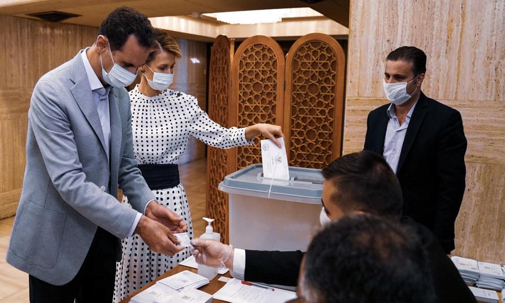 Syrien: Washington empört über Parlamentswahlen – Assads Partei gewinnt bei geringer Beteiligung