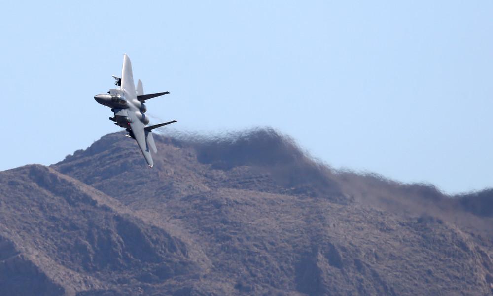Iran: F-15 Kampfjets bedrohen iranische Passagiermaschine über Syrien – Mehrere Verletzte