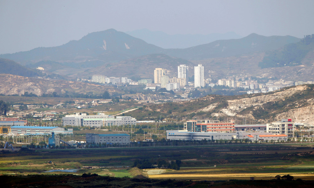 Nordkorea riegelt Grenzstadt nach Corona-Verdachtsfall ab