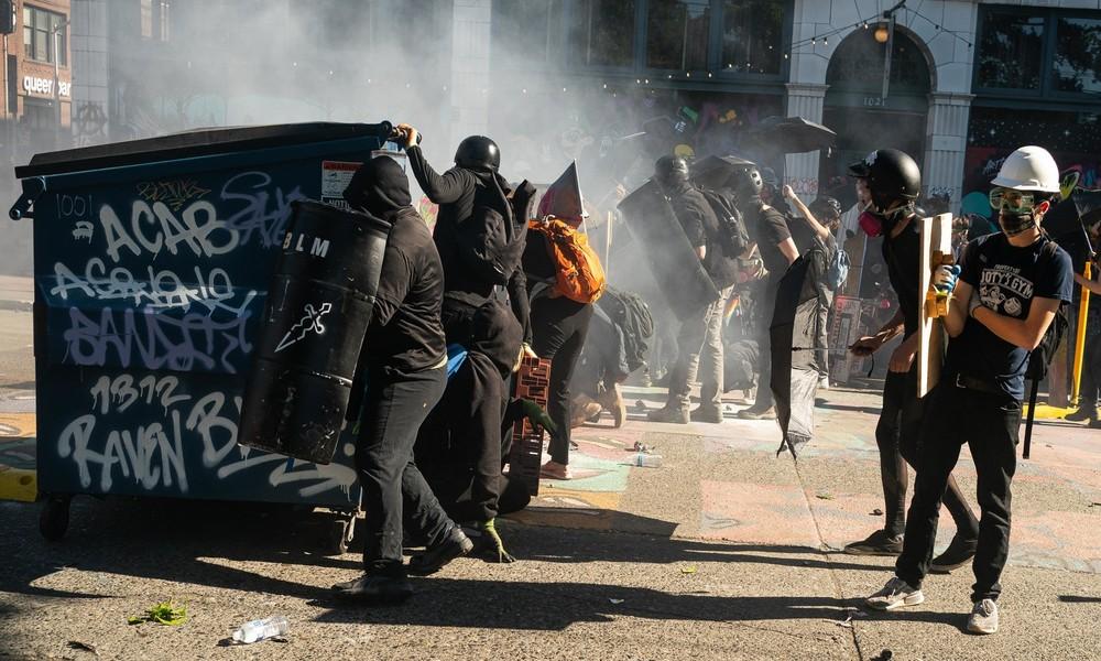Seattle: Vandalismus, Brandstiftungen und Zusammenstöße mit Sicherheitskräften
