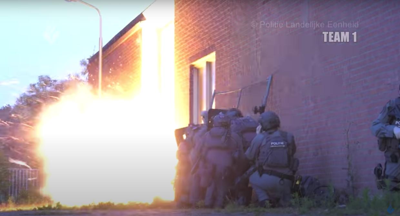 Niederländische Polizei knackt verschlüsselten Chat und findet daraufhin geheime Folterkammern