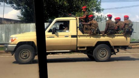 Mindestens 166 Tote bei Protesten und ethnischen Spannungen in Äthiopien. Auf dem Bild: Eine äthiopische Militärpatrouille in Addis Ababa, 2. Juli 2020