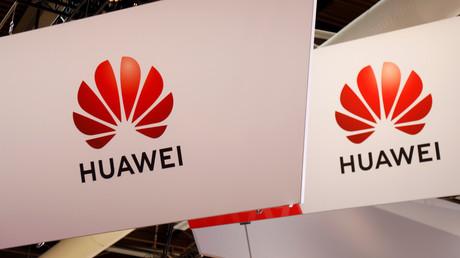 Das Huawei-Logo auf der VivaTech-Messe in Paris