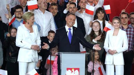 Polen: Amtsinhaber Andrzej Duda steht knapp vor Sieg bei Präsidentenwahl