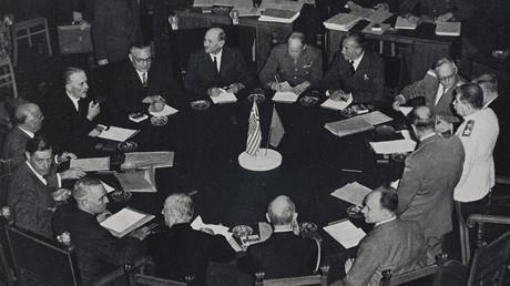 Führer der drei alliierten Großmächte bei der letzten Tagung der Potsdamer Konferenz, Deutschland, 26. August 1945