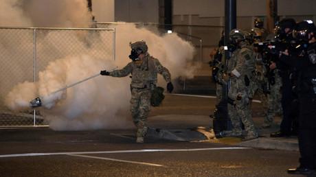 Portland: Zusammenstöße und massive Kritik wegen Einsatzes von Bundespolizisten