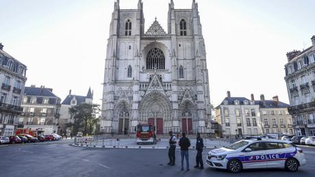 Mann nach Brand in Kathedrale von Nantes in Polizeigewahrsam