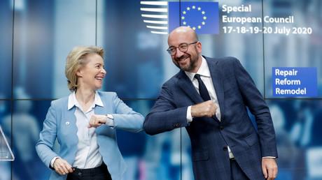 Der Präsident des Europäischen Rates Charles Michel und EU-Kommissionschefin  Ursula Von Der Leyen beim