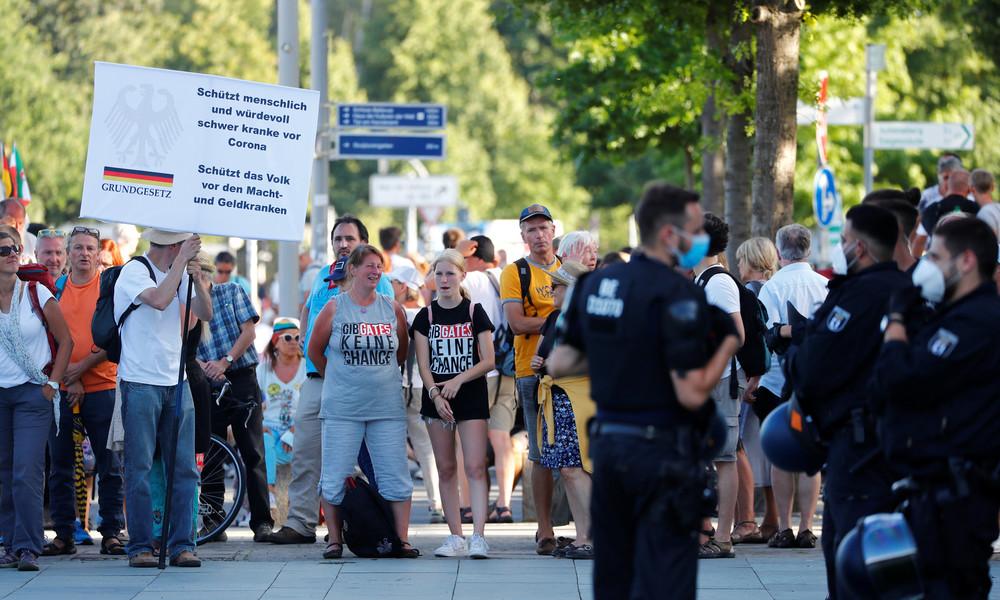 Nach Corona-Demo in Berlin: Politik und Mainstream-Medien mit Kritik