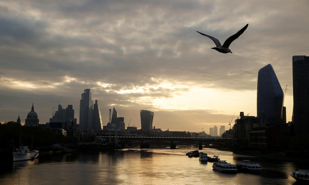 Studie: Immer mehr Hochqualifizierte verlassen Großbritannien