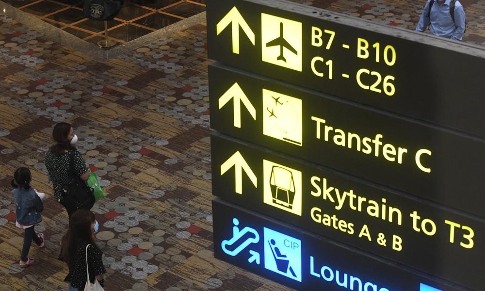 Wegen Quarantäne-Kontrollen: Singapur macht elektronische Armbänder für Einreisende obligatorisch