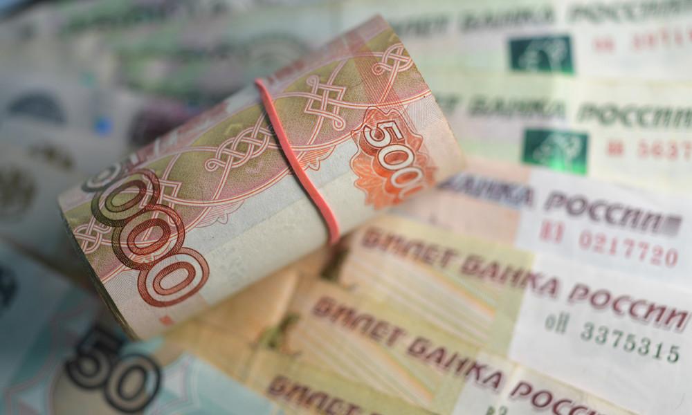 Russland: Bargeldnachfrage fällt nach Aufhebung von Corona-Maßnahmen auf Vorkrisenniveau