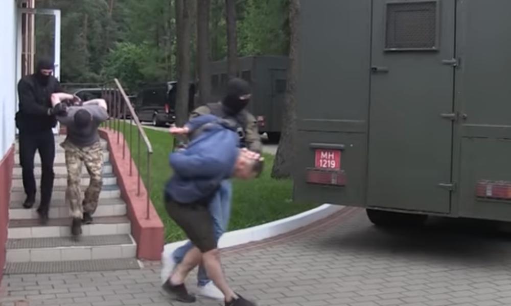 Medien bezeichnen Verhaftung von 33 Russen in Minsk als Provokation der ukrainischen Geheimdienste