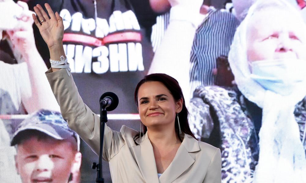 """""""Ihr seid Teil des Volkes"""": Oppositionskandidatin Tichanowskaja ruft Polizei zu Gewaltverzicht auf"""
