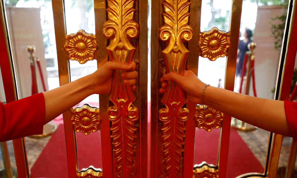 Goldene Zeiten: In Vietnam eröffnet das erste vergoldete Hotel