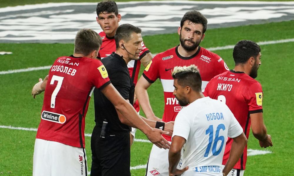 Nach umstrittenem Elfmeter: Russische Schiedsrichter müssen zum Lügendetektortest