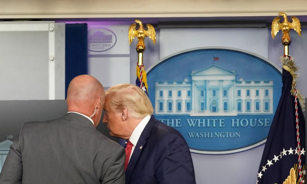 """""""Gefährlicher Ort"""": Trump verlässt Pressekonferenz nach Schüssen vorm Weißen Haus"""