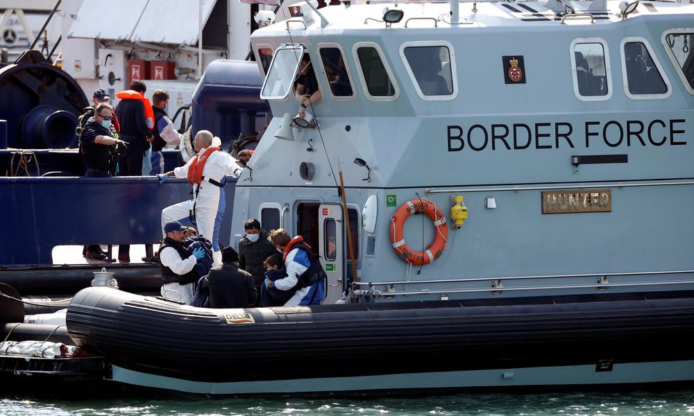 Bekämpfung der illegalen Migration über Ärmelkanal: London und Paris arbeiten an neuem Plan