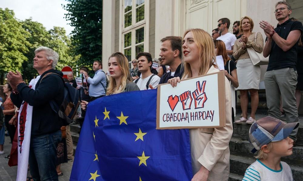"""Moskau sieht """"beispiellosen Druck"""" auf Minsk und ausländische Einmischungsversuche"""