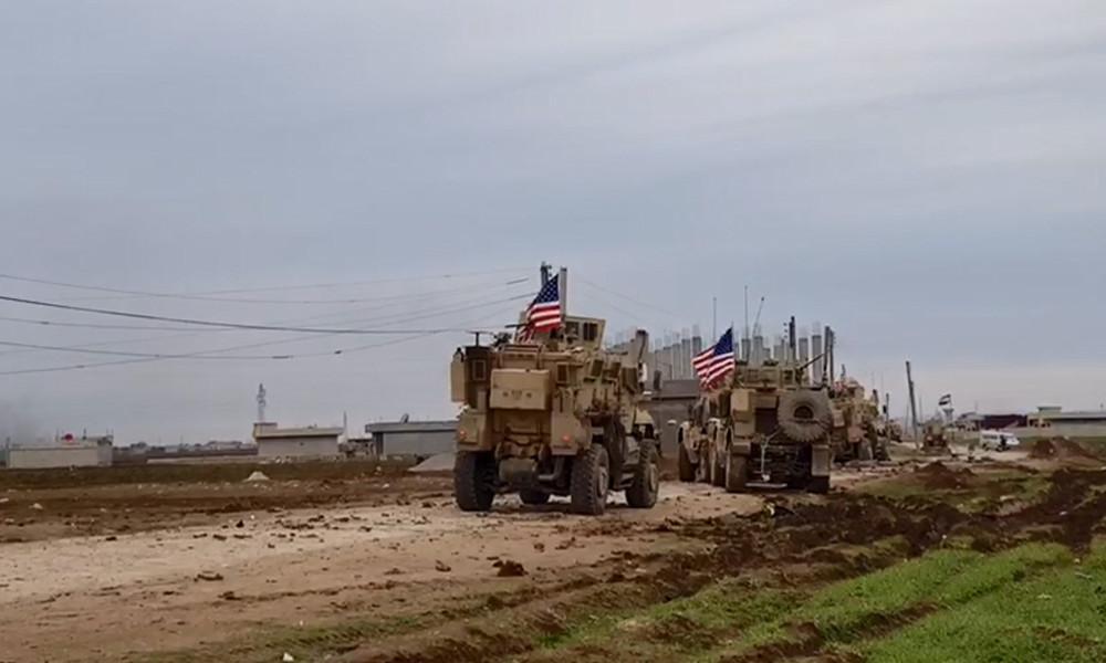 USA greifen erneut Kontrollpunkt der syrischen Armee an - Anwohner demonstrieren gegen US-Präsenz