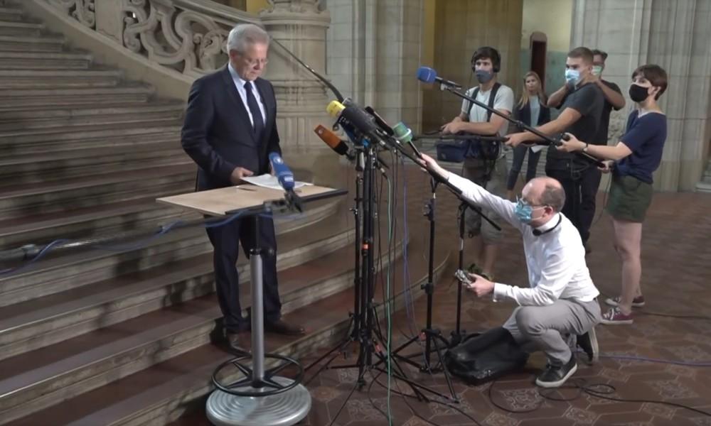 """Video: Pressekonferenz des Generalstaatsanwalts zum """"islamistisch motivierten Anschlag"""" auf A100"""
