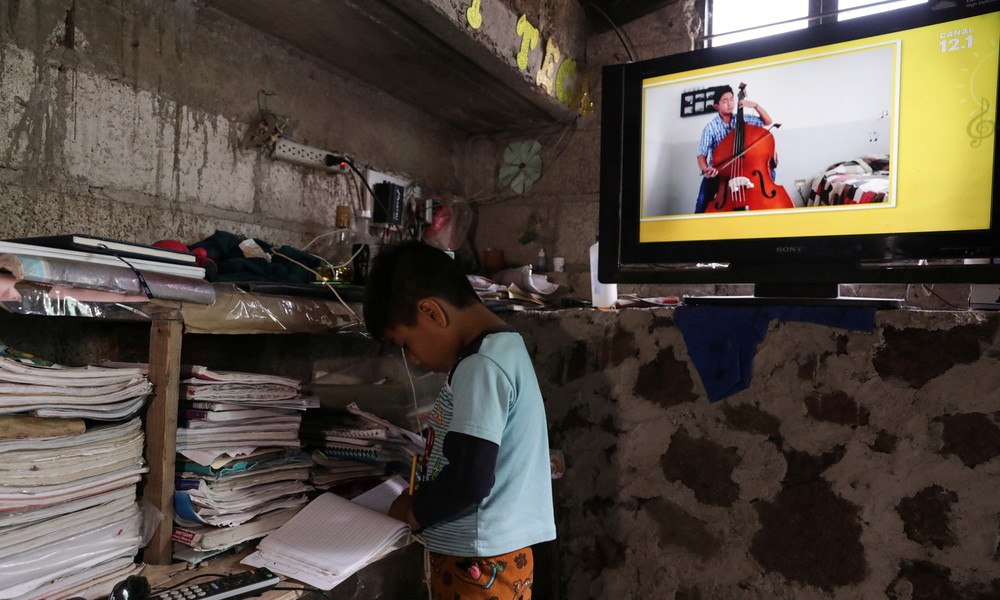 Schüler in Mexiko sollen per TV und Radio unterrichtet werden